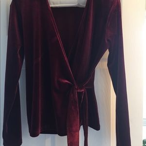 Wine colored long sleeved top